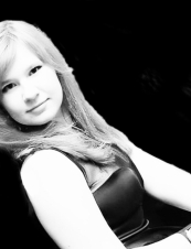 Nelly 31 y.o. from Russia